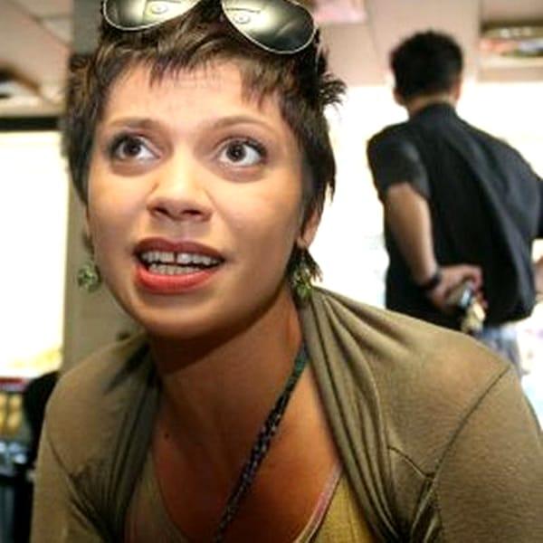 O mai ţii minte pe Laura Andreşan? Cum arată acum şi ce destin crunt a avut după ce a dispărut de la TV