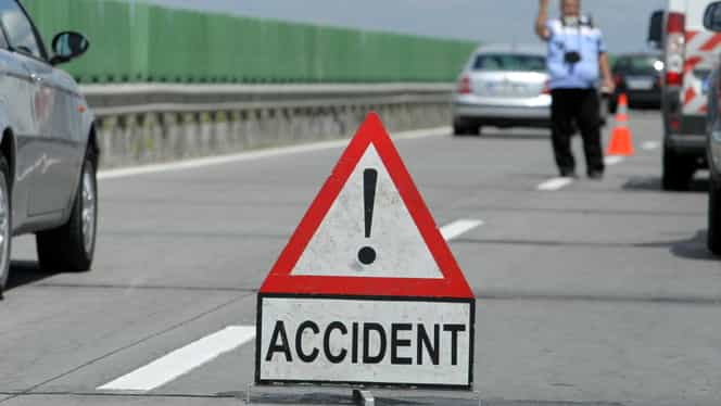 Accident grav pe Autostrada Soarelui. Cinci răniţi, între care un copil de cinci ani. Trafic îngreunat