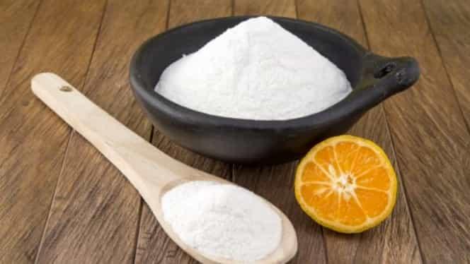 Bicarbonatul de sodiu, cea mai simplă metodă de a curăța covoarele. Se folosește alături de detergent