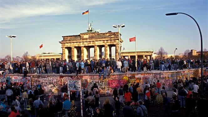 3 octombrie. Are loc reunificarea Germaniei de Est cu cea de Vest