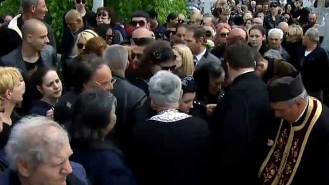 Preotul care l-a înmormântat pe Răzvan Ciobanu rupe tăcerea! Ce a spus, de fapt