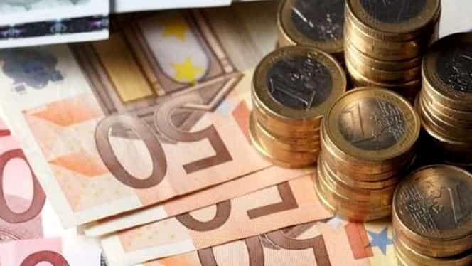 Curs valutar BNR azi, 1 noiembrie 2019. Cotațiile monedelor euro, dolar, liră și franc elvețian