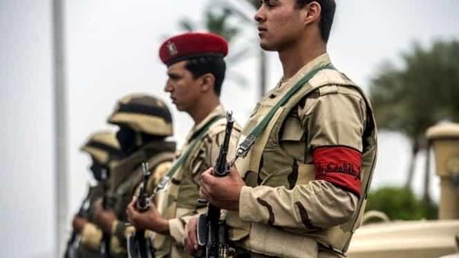 Atentat terorist cu 18 morţi în Peninsula Sinai. ISIS a revendicat atacul