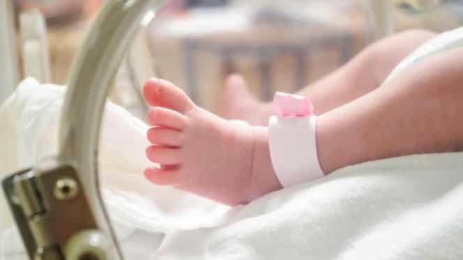 Un bebeluș din Bacău este suspect de coronavirus. Autoritățile fac analize acum