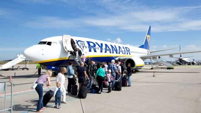 De ce a aterizat de urgenţă avionul RyanAir. Unii pasageri s-ar fi ales cu timpanul spart