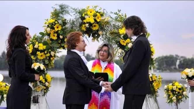 Ce spun gay-ii care s-au căsătorit la PRO TV în direct despre referendum