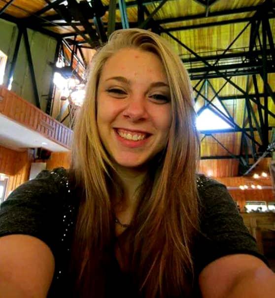 O tânără din SUA şi-a scos singură ochii! Femeia a fost găsită cu un ochi în mână!