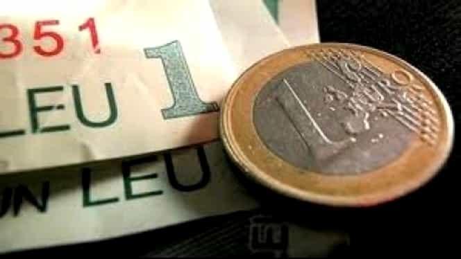Curs valutar BNR azi, 28 august 2018. Euro a crescut, dolarul a luat-o în jos