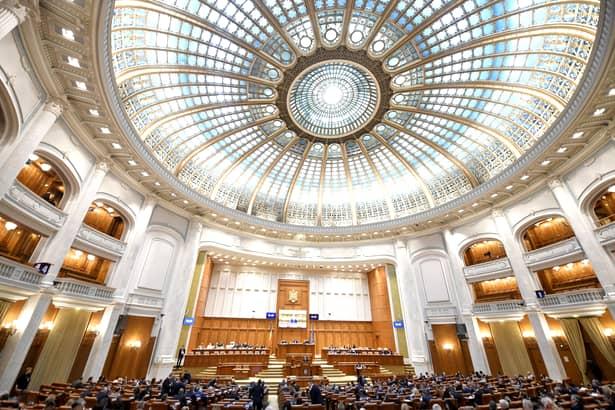 Ordonanța de Urgență privind anticipatele, respinsă în plen. Parlament
