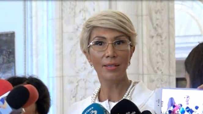 Cine este Raluca Turcan, posibilul vicepremier în Guvernul lui Ludovic Orban. Are în conturi aproape 200 de mii de lei