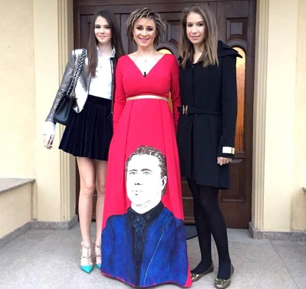 Anamaria Prodan și-a luat fetele și a plecat! Unde se distrează!