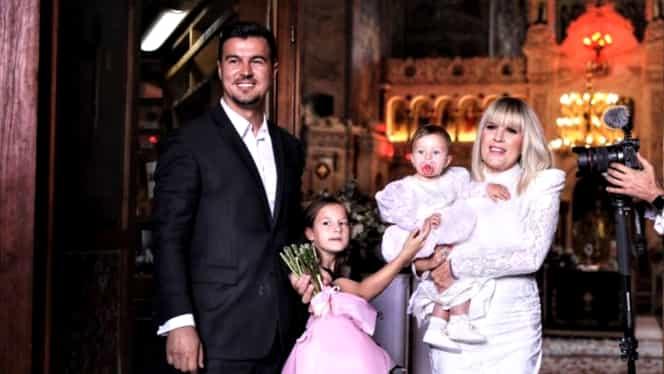Câți bani a plătit Elena Udrea pentru rochia de la botez. A fost creată de Dana Budeanu