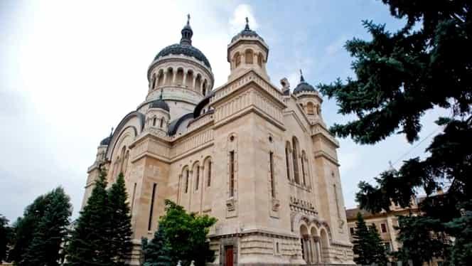 """Biserica se adaptează în fața epidemiei de coronavirus: """"Slujbele se vor oficial în condițiile prevăzute de noile reglementări"""""""