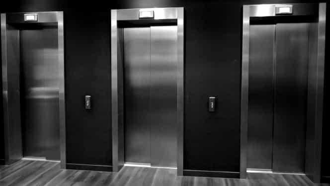 Un lift a căzut în gol la Spitalul Județean de Ugență din Craiova