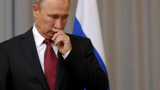 Cum s-au căsătorit părinții lui Vladimir Putin. El i-a scos ochii cu o furcă