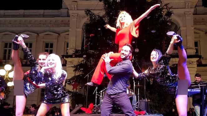 La Concertul de Crăciun au arătat ce au mai bun! Dansatoarele Andreei Bălan, fără jenă pe scenă!