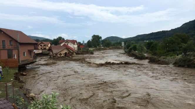 Cod portocaliu de inundaţii. 28 de judeţe zonele vizate