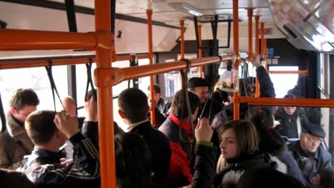 Elevii și copiii, transport gratuit în mijloacele de transport în comun ale STB