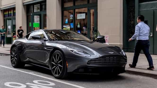"""Aston Martin recheamă în service toate modelele DB11 vândute! Airbagurile se pot declanşa """"din greşeală"""""""