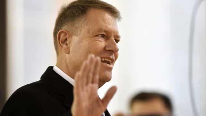 Cât va câștiga Klaus Iohannis în 2020. Mărirea salariului minim îi aduce șefului statului bani mai mulți în cont
