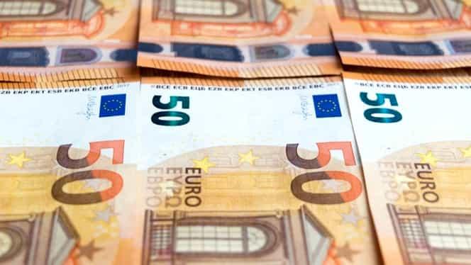 Curs valutar BNR 27 martie 2020. Ce se întâmplă astăzi cu euro și dolarul