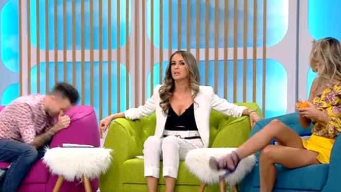 Gafă uriaşă a asistentei TV! Blonda Ramona, fără lenjerie intimă, în direct! S-a văzut absolut totul!