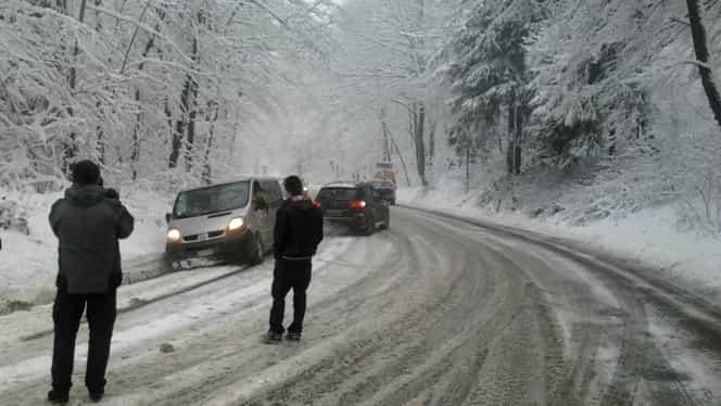 Prognoza meteo 1 decembrie. Va ploua în mai multe regiuni, iar la munte continuă ninsoarea!