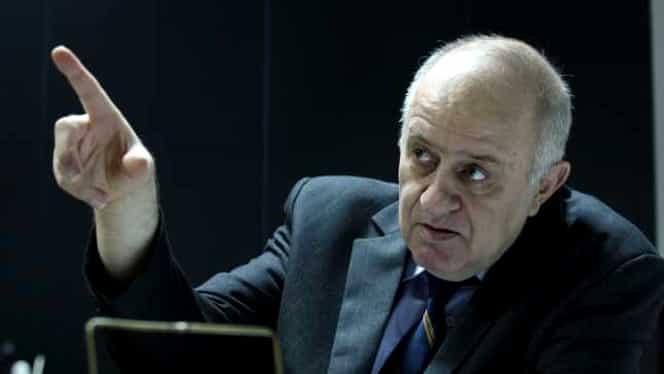 Doliu în lumea academică. Profesorul de filosofie Valentin Mureșan a murit
