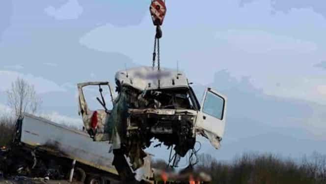 Un şofer român a provocat un grav accident pe o şosea din Ungaria