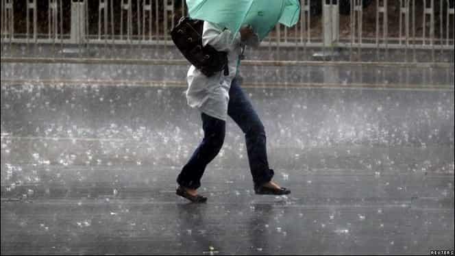 Vin ploile! Meteorologii spun că va ploua în toată ţara, iar la munte va ninge