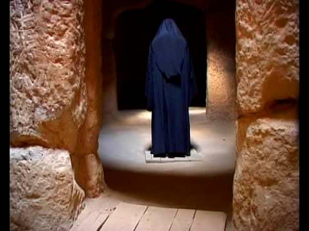 Misterele mănăstirii la care a fost criminalul de la Braşov, înainte de triplul asasinat! Ce se întâmplă acolo! FOTO