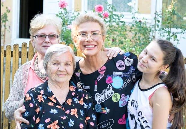Cum a apărut fiica lui Teo Trandafir, la petrecerea mamei sale!