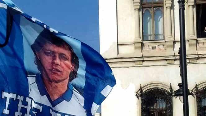 Înmormântare Ilie Balaci. Mama fotbalistului, răpusă de durere! Imagini emoționante