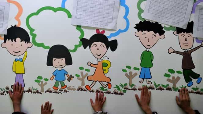 Vești bune pentru angajați. Vor putea cere program mai flexibil pentru a putea sta cu copiii