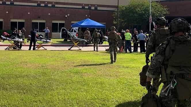 Masacru în liceu! Un elev de 17 ani a omorât 10 persoane!