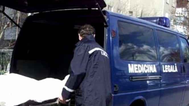 O femeie din Petroșani a fost găsită moartă, cu gâtul tăiat. Soțul ei s-a spânzurat