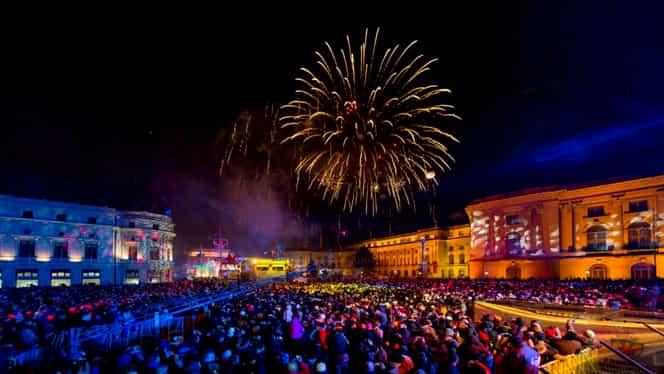 50.000 de bucureşteni au petrecut Revelionul în stradă