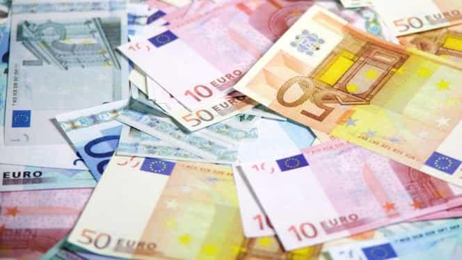 Leul îşi continuă deprecierea istorică! Moneda euro, cotată de BNR la 4,6495 lei