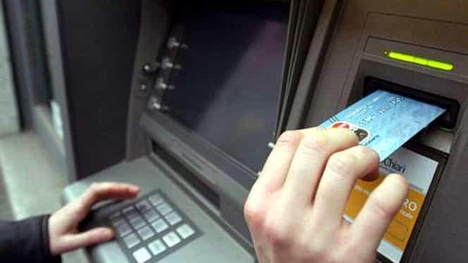 JAF CA-N FILME în Bucureşti! Patru bărbaţi au furat un bancomat ÎNTR-UN MINUT