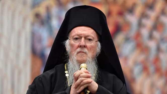 """Patriarhul Bartolomeu le cere bisericilor să suspende slujbele: """"Ne vom ruga pentru trecerea rapidă cu bine peste această încercare"""""""