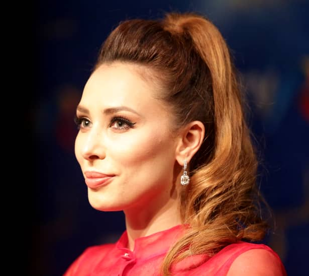 Iulia Vântur a apărut în rochia Andreei Marin la Cerbul de Aur!