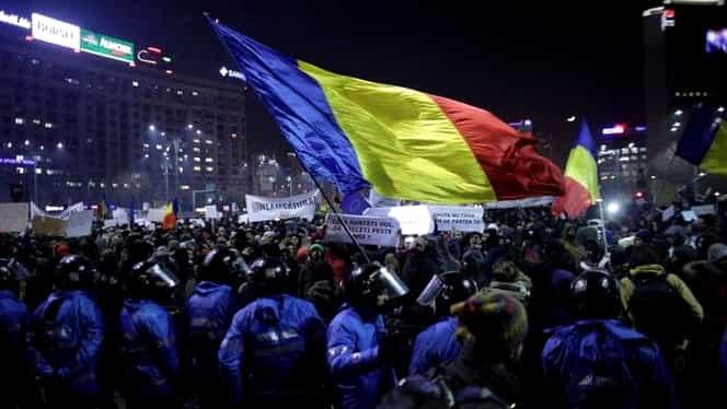 Proteste de amploare, în Piața Victoriei, după anunțul lui Tudorel Toader privind OUG