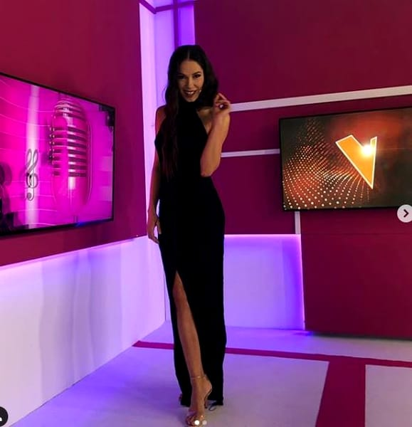 Irina Fodor, vedeta cu cele mai frumoase picioare din România? Cât e de frumoasă prezentatoarea Vocea României. Galerie foto