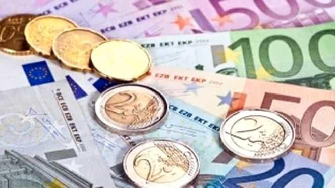 Curs valutar, BNR, azi, 3 decembrie. Monedele care continuă să scadă