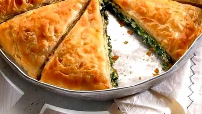 Rețeta zilei. Plăcintă cu spanac și brânză sărată, o rețetă ușoară și gustoasă