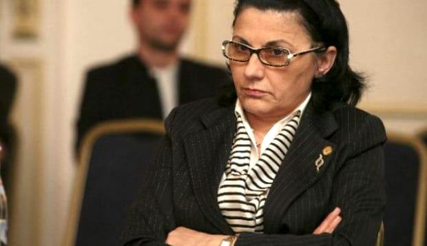 Școlile din București ar putea fi închise din cauza gripei. Care este situația