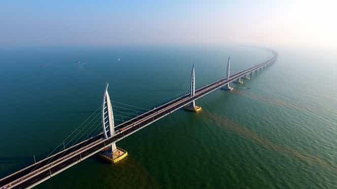 Va fi inaugurat cel mai lung pod din lume, care traversează toată marea