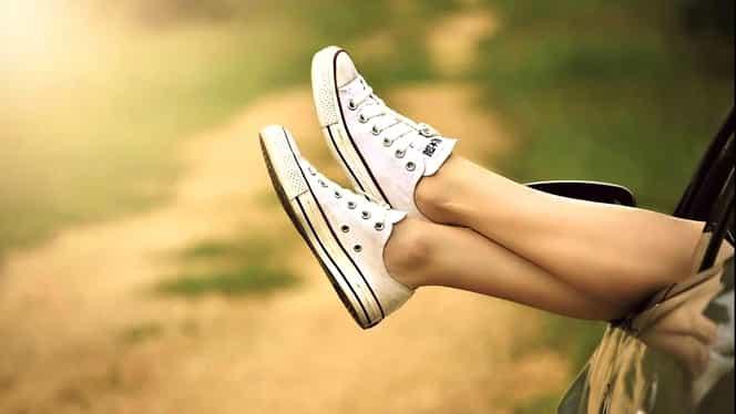 Ce se întâmplă dacă pui bicarbonat de sodiu în pantofi. Încălțările tale vor fi ca noi