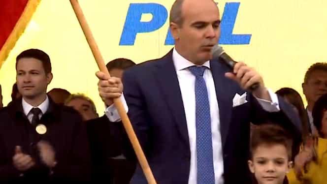 """Rareș Bogdan neagă că ar urma să fie ministru în noul guvern: """"Cetățenii m-au trimis să reprezint România în Parlamentul European"""""""
