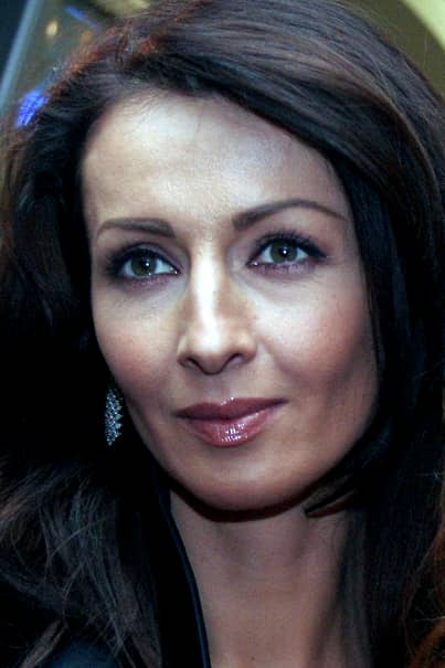 mihaela radulescu a venit in mijjlocul concurentilor de la ferma